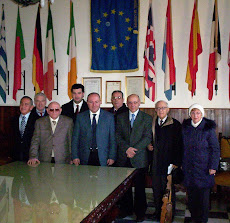 Foto di gruppo del Comitato con il Sindaco Galdi