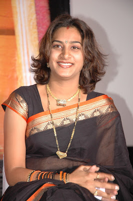TV anchor surekha vani in black saree photo album