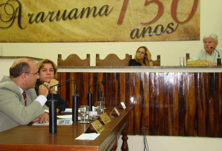 VEREADOR SAULO PERES QUESTIONA O DIRETOR DA CONCESSIONÁRIA ÁGUAS DE JUTURNAÍBA