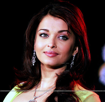 aishwarya_rai_hot_wallpaper_48_sweetangelonly.com