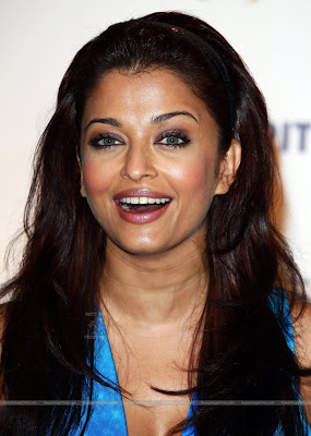 aishwarya_rai_hot_wallpaper_44_sweetangelonly.com