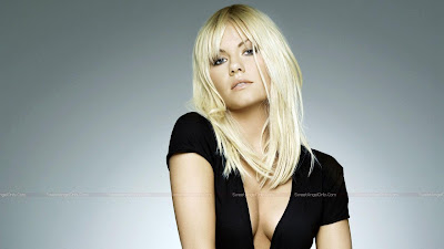 elisha_cuthbert_hollywood_actress_wallpaper_02_sweetangelonly.com