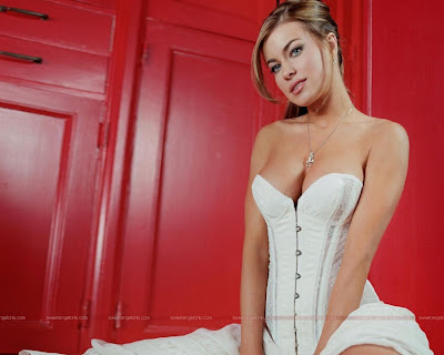 carmen_electra_hot_wallpaper_08_06_sweetangelonly.com