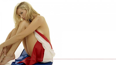 hollywood_hot_actress_wallpapers_02_sweetangelonly.com