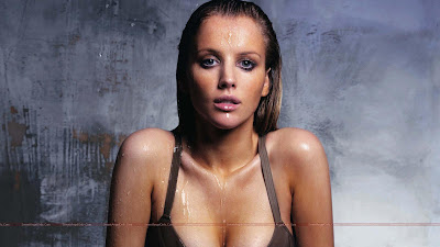 Hollywood_Actress_Hot_Wallpapers_44_SweetAngelOnly.com