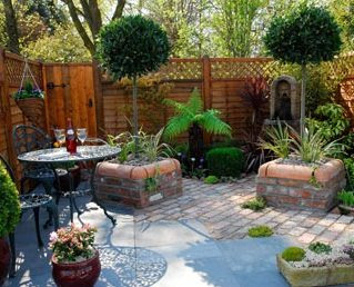 L Shaped Garden designs L