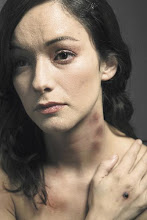 STOP violence against women. BASTA de violencia hacia las mujeres