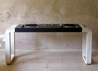 freak the beat meuble pour les platines. Black Bedroom Furniture Sets. Home Design Ideas