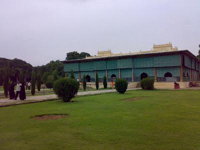 ದರಿಯಾ ದೌಲತ್ - ಸಂಗ್ರಹಾಲಯವಾಗಿರುವ ಟಿಪ್ಪುವಿನ ಬೇಸಿಗೆ ಅರಮನೆ