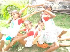 As crianças do PETI demonstram alegria com o Programa
