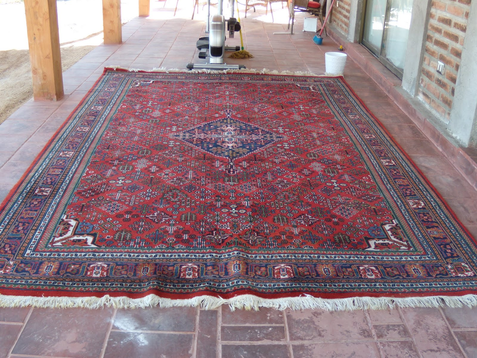 Venta garage alfombra persa en buen estado 240 x 320 cm for Alfombra 180 x 240