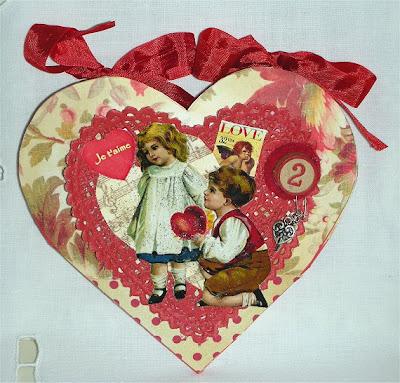her creative spirit folding heart card tutorial