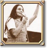 Picture of Dolores Huerta Speaking.