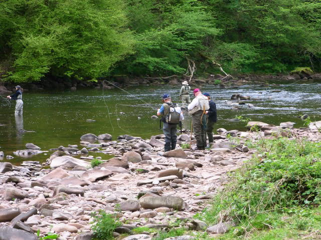 Gumboot concierge fly fishing for beginners at gliffaes for Beginning fly fishing