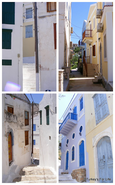 The Houses & Streets of Meis
