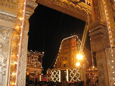 Kudroli Gokarnanatheshwara Temple, Mangalore decorated on Dasara
