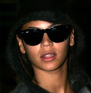 Celebrity Sighting – Beyonce and Ray-Ban Wayfarer 2140 Wayfarer Sunglasses