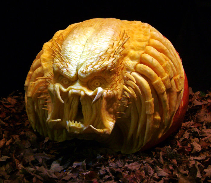 "The image ""http://2.bp.blogspot.com/_jW0fHcfb-L4/SP3N9ARWDMI/AAAAAAAAGws/eip0kT65vI0/s1600/predator_pumpkin.jpg"" cannot be displayed, because it contains errors."