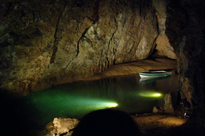 Beautiful Underground Lakes Around the world