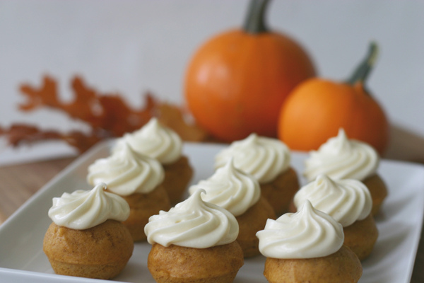 Check out these Pumpkin Muffins with cream cheese frosting from Bee in ...