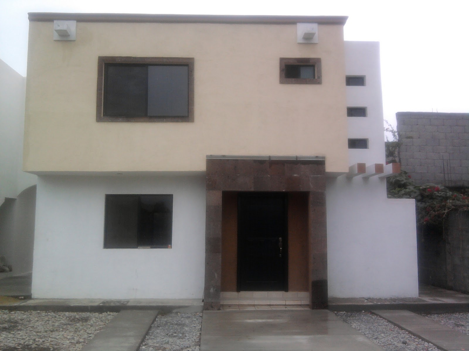 Inmobiliaria del angel casa en fraccionamiento villa jardin for Apartamentos villa jardin cambrils