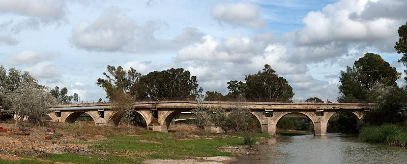 Panorama del Puente de Cartuja