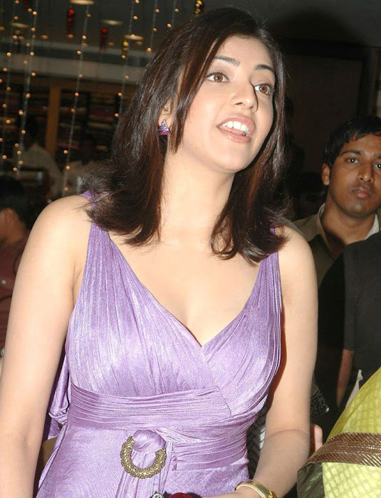 kajal opening of desinger mall of kalanikethan unseen pics