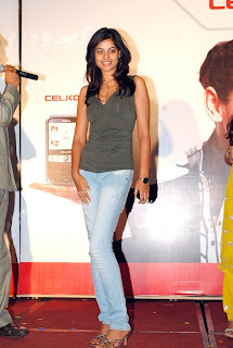 Bindu Madhavi looks slim and stunning in a T Shirt at Celkon C Mobile Launch