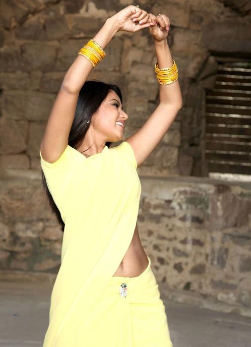 suhasini mouna ragam heroine in saree cute stills