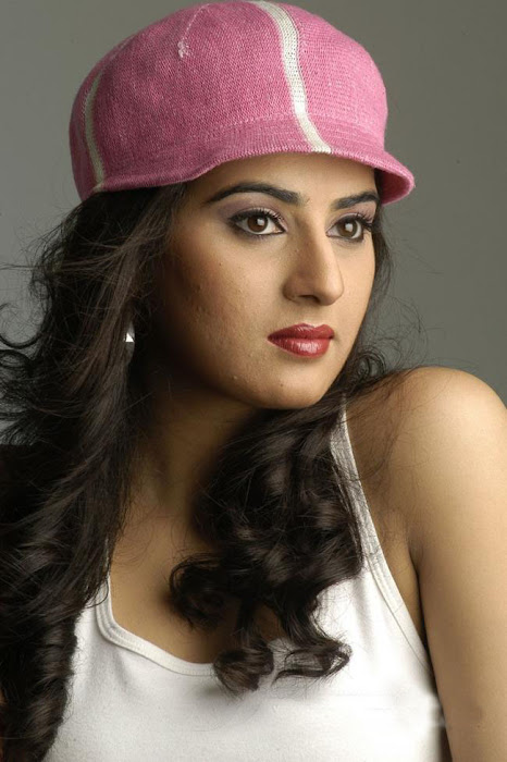 spicy skin of archana hot images