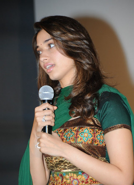 tammnah at awara movie press meet