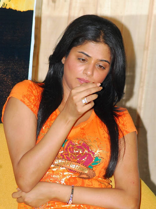 praiyamani golimaar press meet cute stills