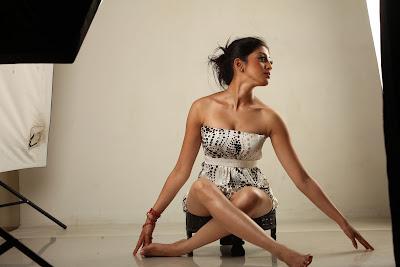 praneetha spicy shoot unseen pics