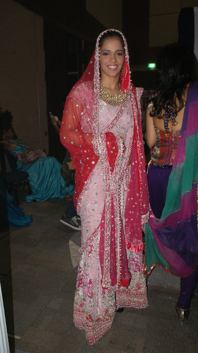 exclusve sania nehwal in bridal rwalk glamour  images
