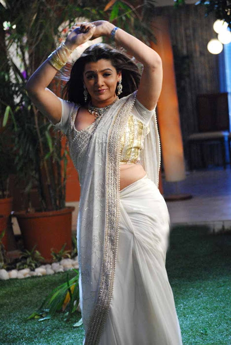 aarthi agarwal in bmym romantic song actress pics