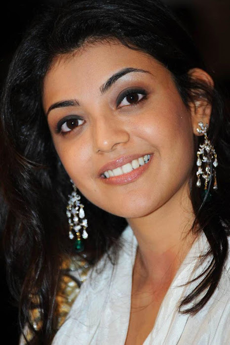 kajal agarwal bouncy looks robo music launch cute stills