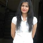 Shreya Dhanwantri in Jeans & Dark Lipstick Photos