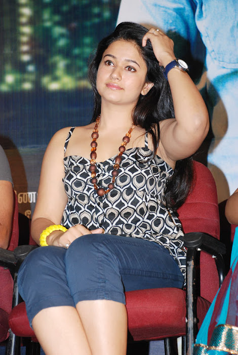 skin of poonam bajwa at a event hot images