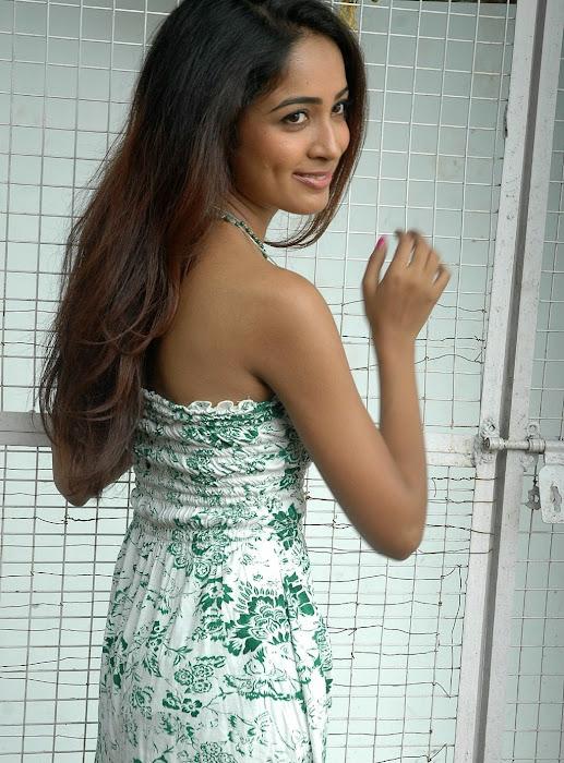 athithi thakita thakita acctress shoot photo gallery