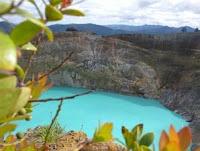 fenomena alam, danau kelimutu berubah warna
