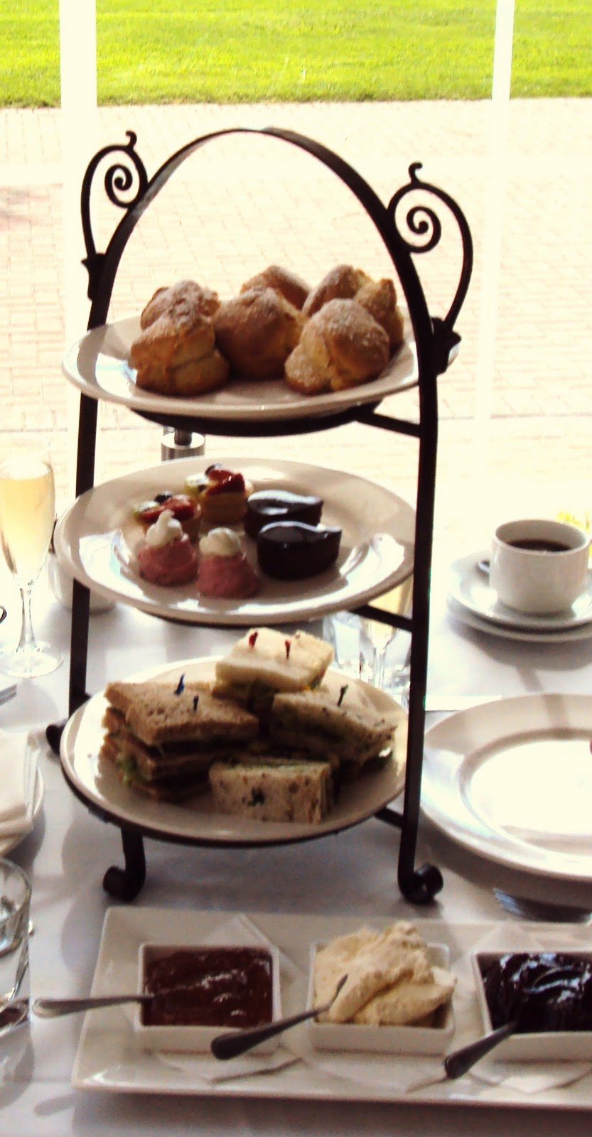 food obsession high tea at stamford plaza adelaide. Black Bedroom Furniture Sets. Home Design Ideas
