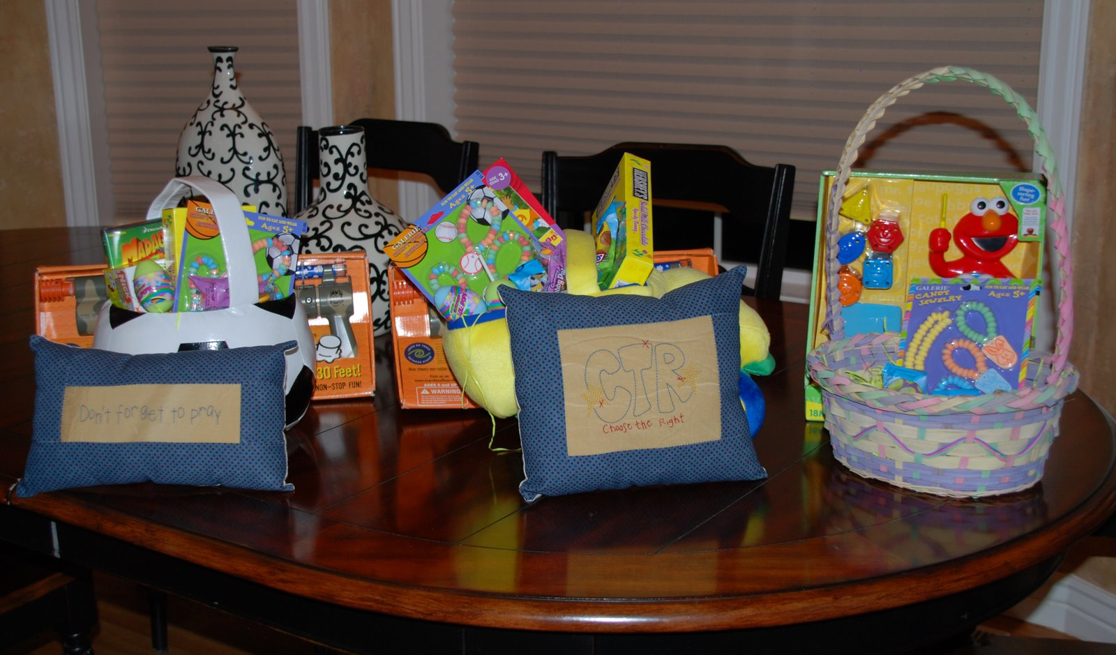 [easter+baskets]