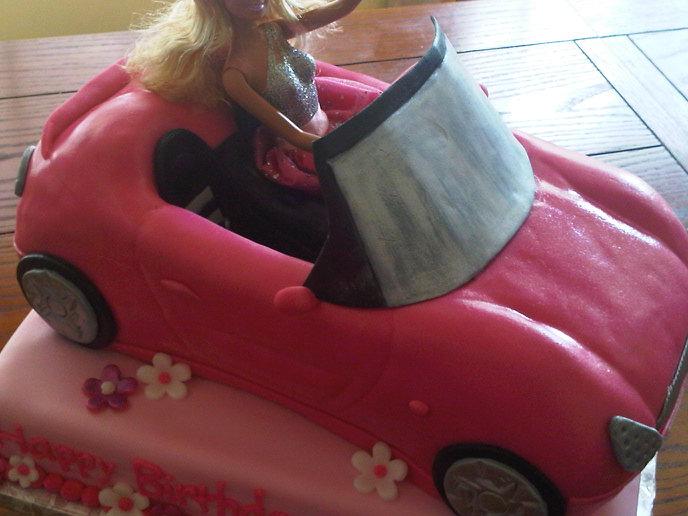 Plumeria Cake Studio Barbie Convertible Birthday Cake