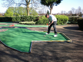 Mini Golf course at Broomfield Park in London