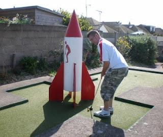 Arnold Palmer Minigolf Putting Course in Prestatyn