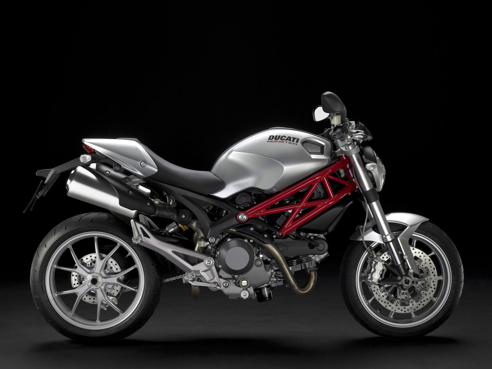 gambar motor DUCATI Monster 1100 (2010) specs | pictures |