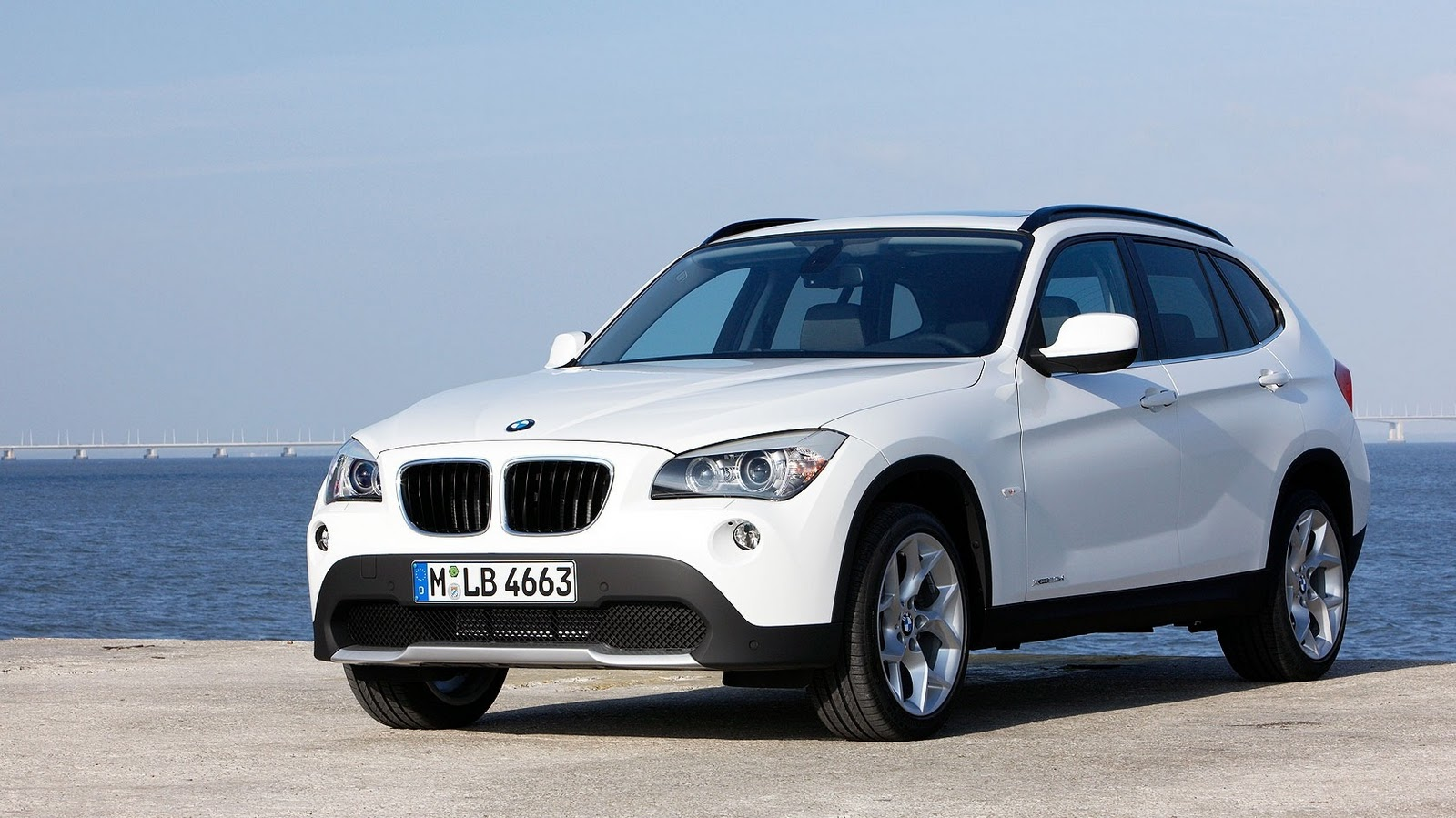 Bmw Widescreen Wallpaper Bmw X1 White Coast Wallpaper 14