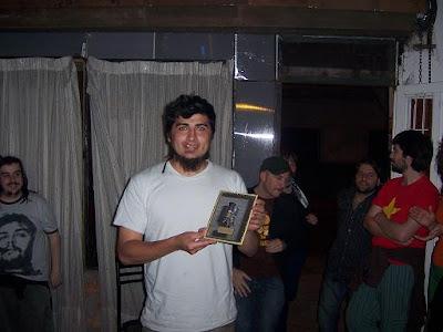premios atomikos