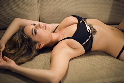 Kelly Brook Photo Shoot