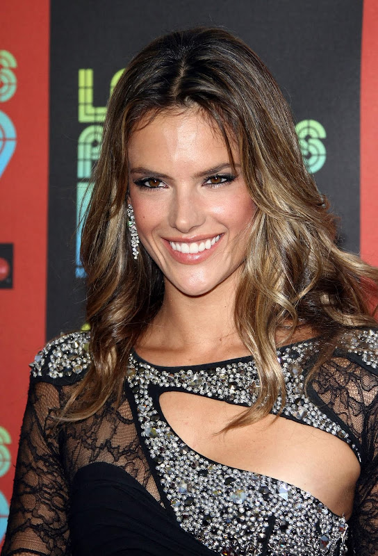 Alessandra Ambrosio Looking Hot In Tight Dress